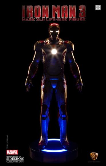Iron-Man-suit-Sideshow-2