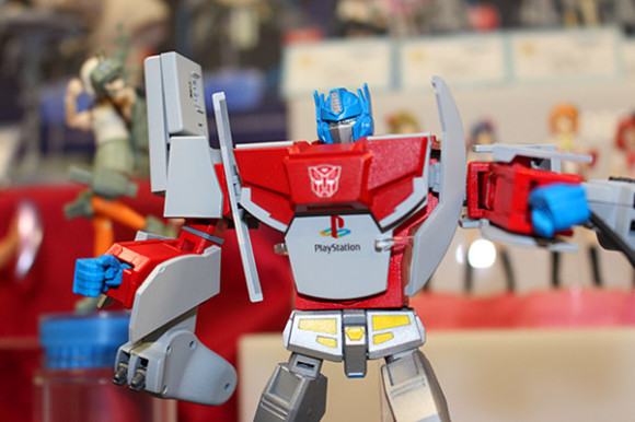 Retro-Game-Console-Transformers-1