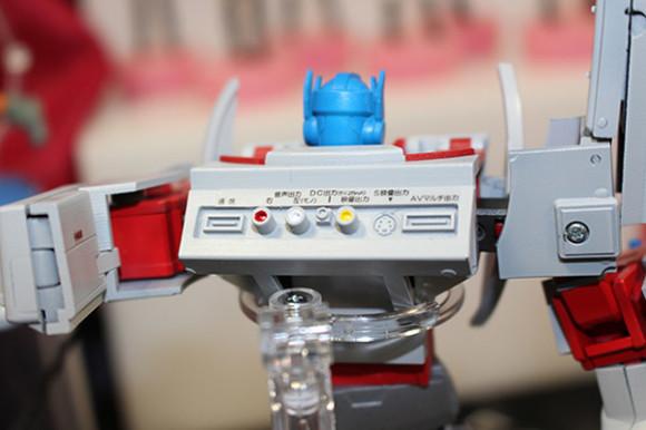 Retro-Game-Console-Transformers-2