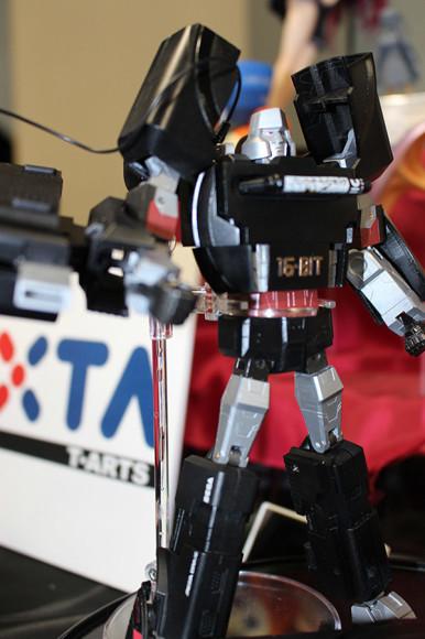 Retro-Game-Console-Transformers-4
