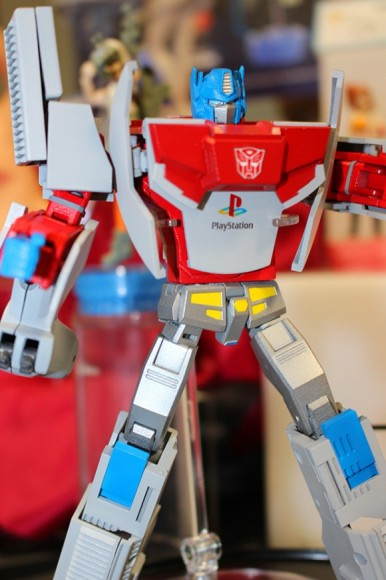 console-wars-get-real-with-new-transformers-figures3
