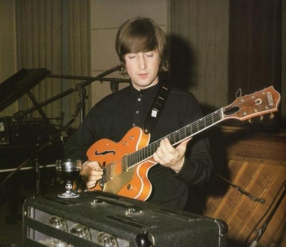 John+Lennon+gretsch